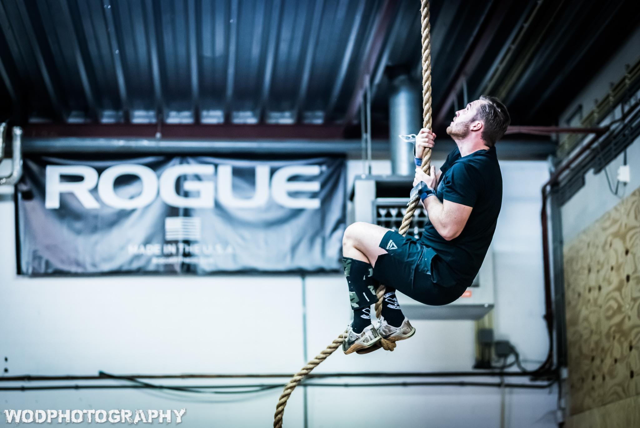 Tim rope climb